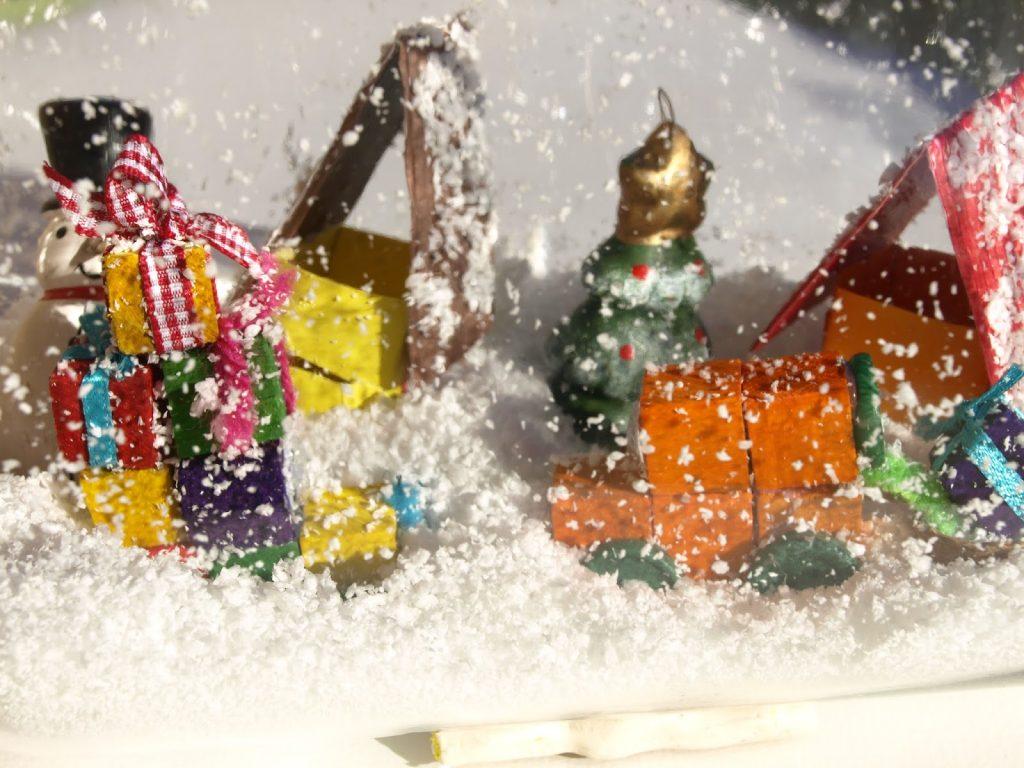 Χριστουγεννιάτικα-βάζα-με-χιόνι