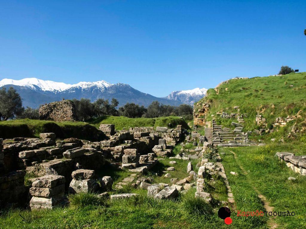 Αρχαίο-θέατρο-Σπάρτης