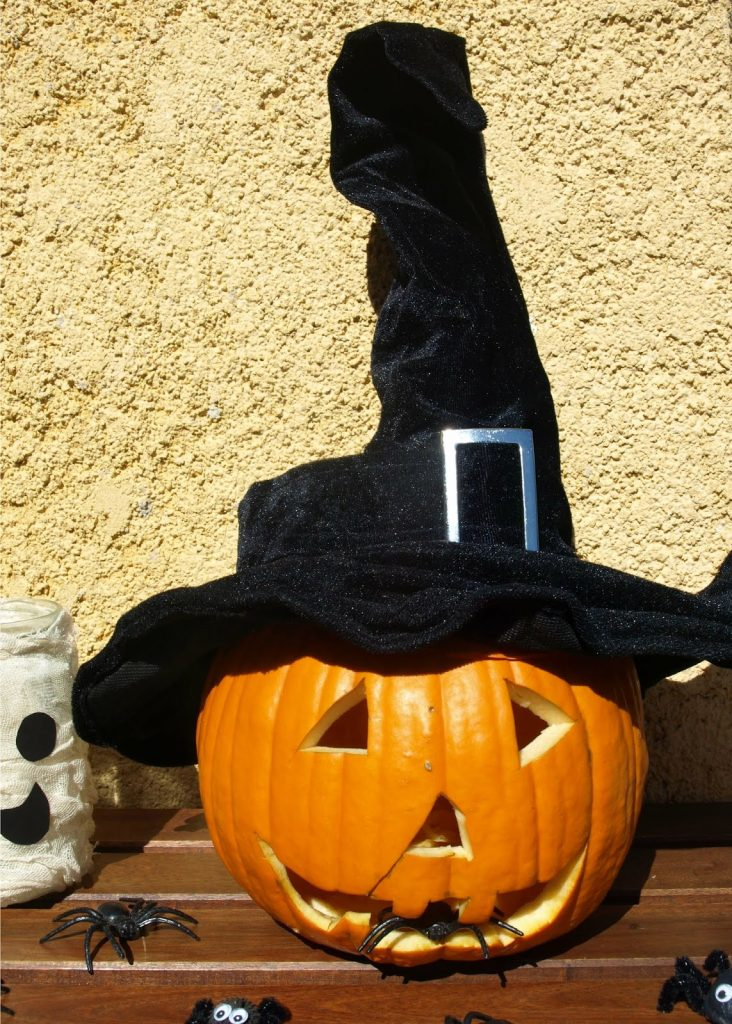 Halloween: αυτή η ξενόφερτη γιορτή