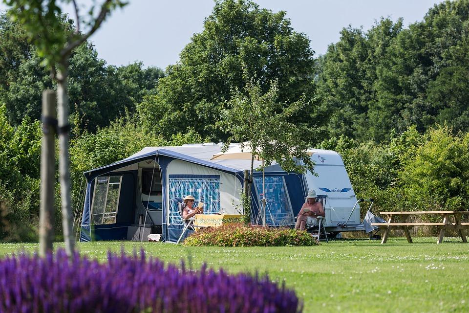 sosth-epilogh-camping