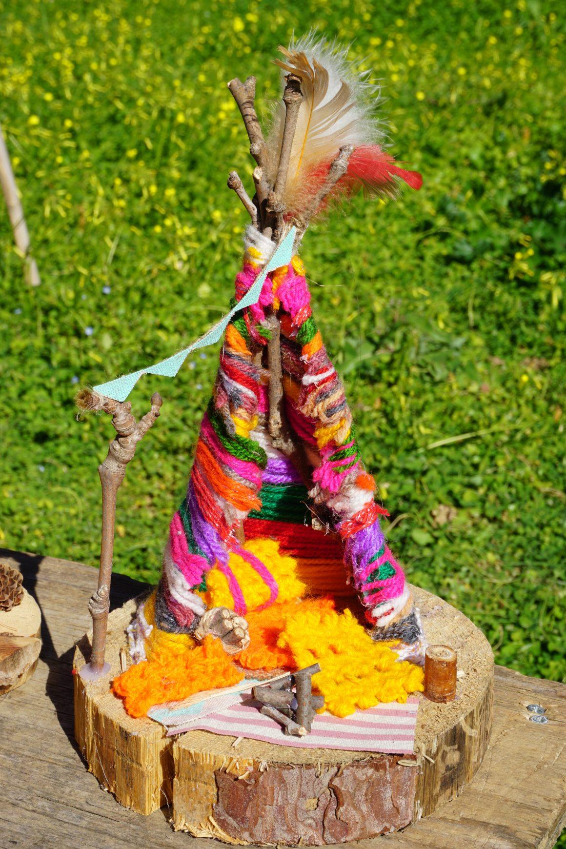 Diy ινδιάνικη σκηνή από κλαδιά και νήματα πλεξίματος