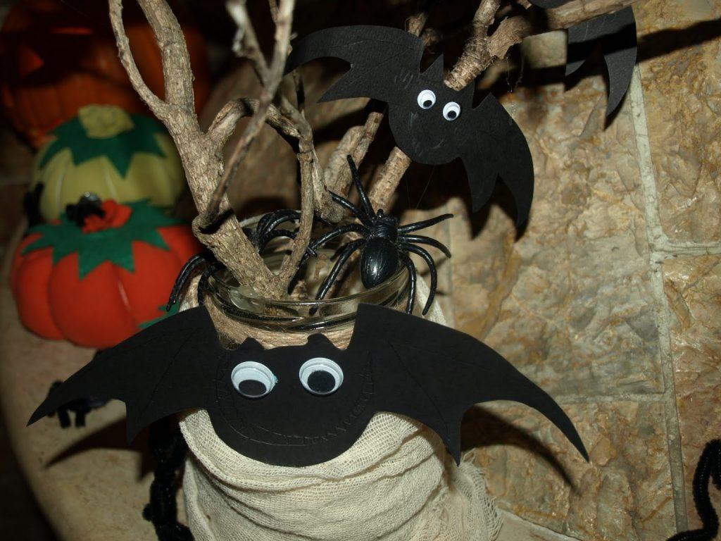 Φτιάχνουμε νυχτερίδες από χαρτόνι