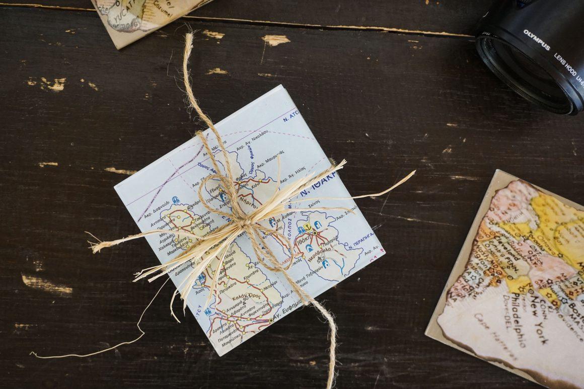 Φτιάχνουμε τα δικά μας σουβέρ από χάρτες