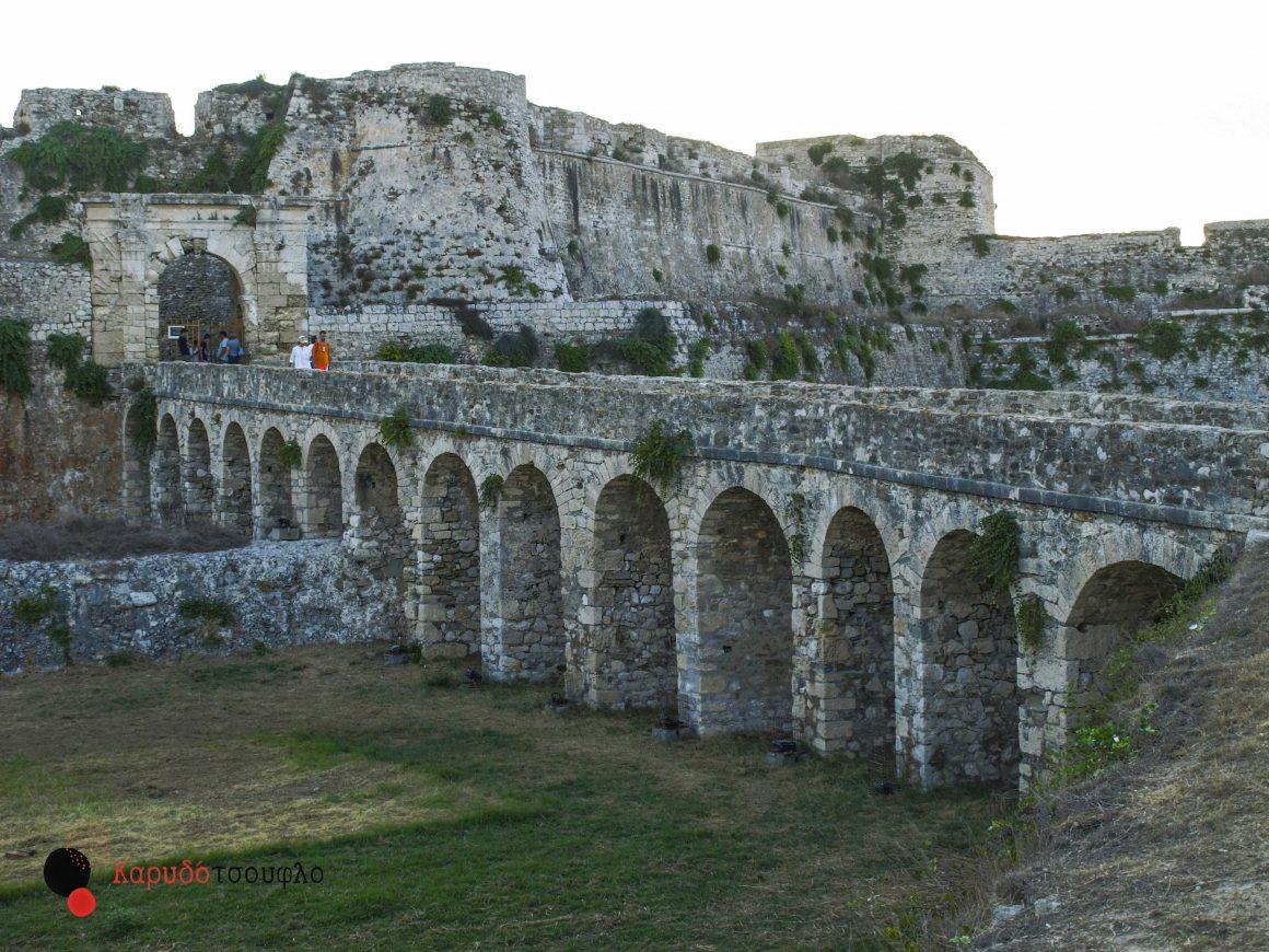 Μια βόλτα στο κάστρο της Μεθώνης με τα παιδιά