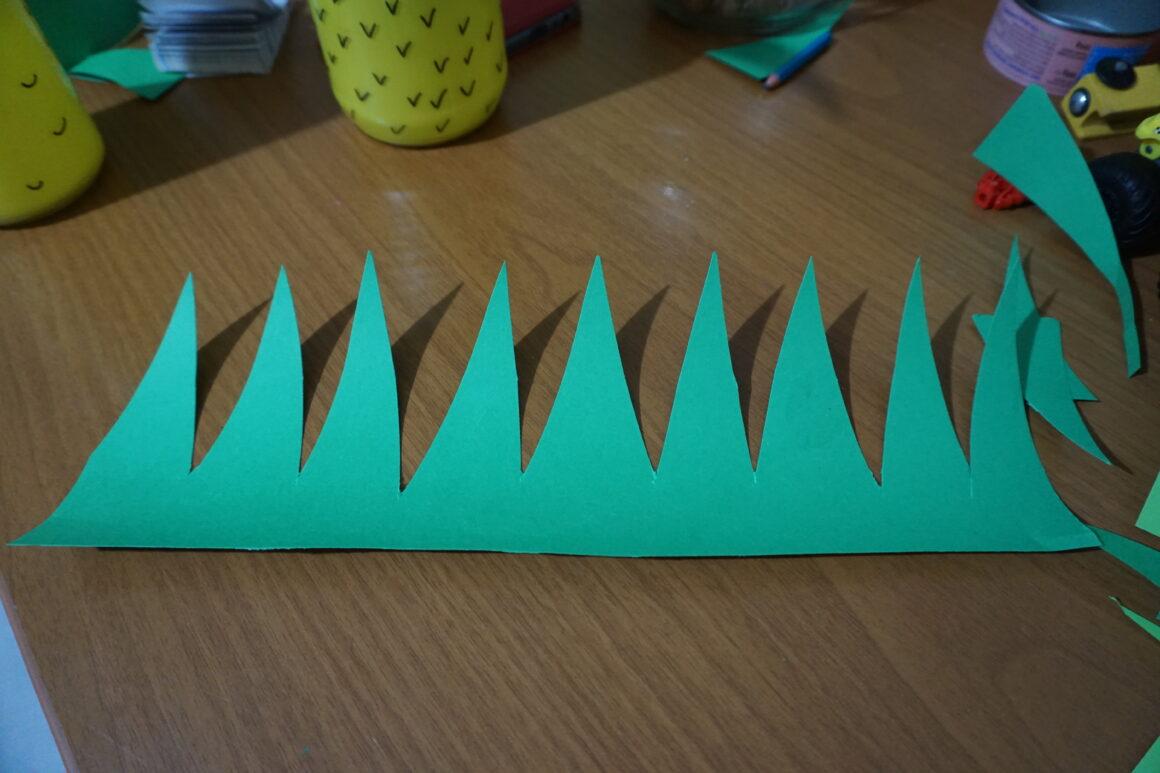 Φτιάχνουμε ανανάδες φωτιστικά σε γυάλινα βάζα