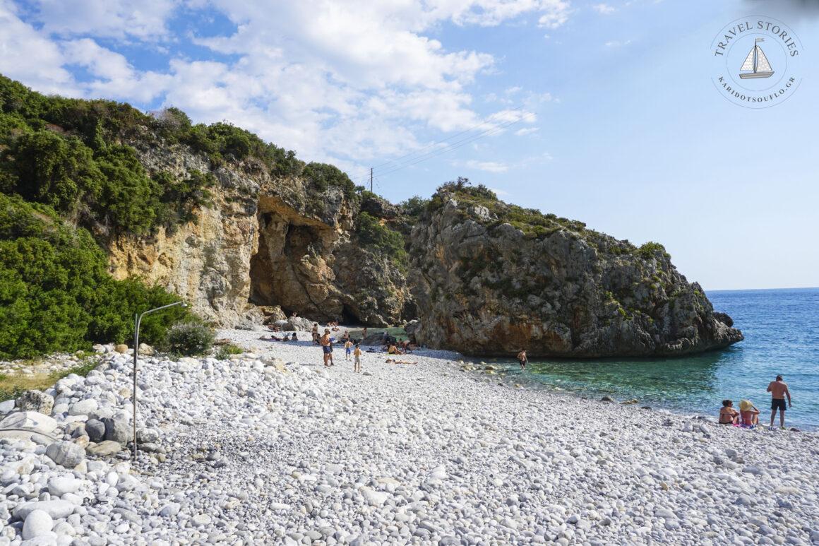 Φονέας: η θρυλική μανιάτικη παραλία που μαγεύει