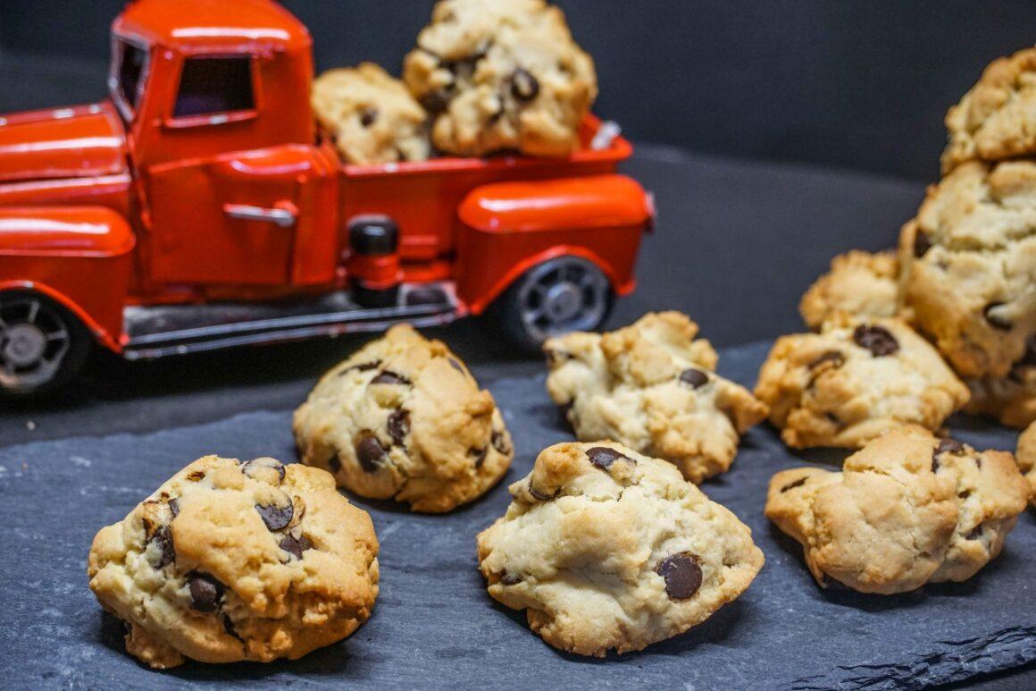 Cookies με φουντούκια και κομματάκια σοκολάτας