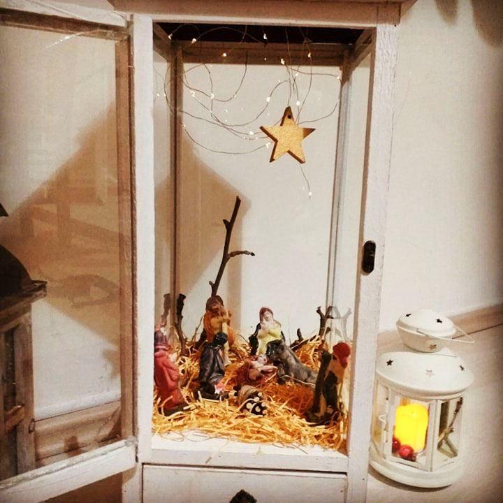Χριστουγεννιάτικη-διακόσμηση-με-φανάρια