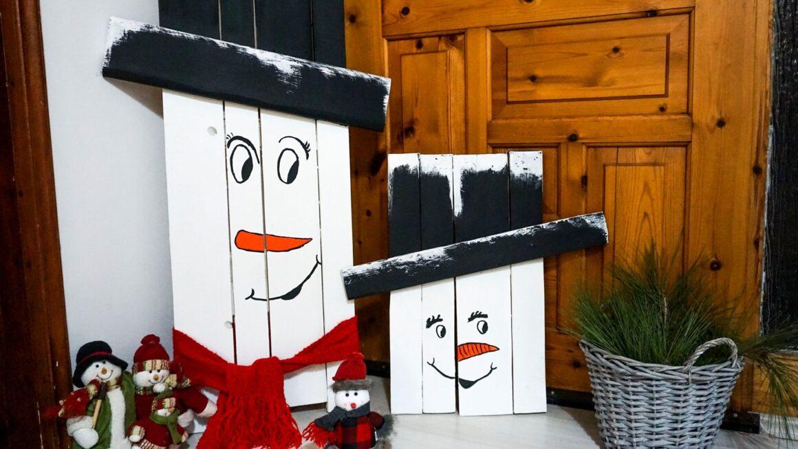 Κατασκευή-χιονάνθρωπος-από-παλέτες