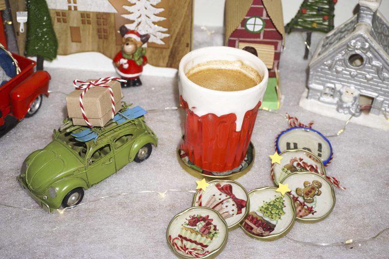 Χριστουγεννιάτικα-στολίδια-και-σουβέρ-με-υγρό-γυαλί