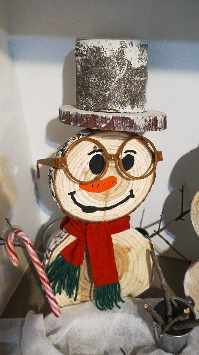 Diy-χιονάνθρωποι-από-φέτες-ξύλου